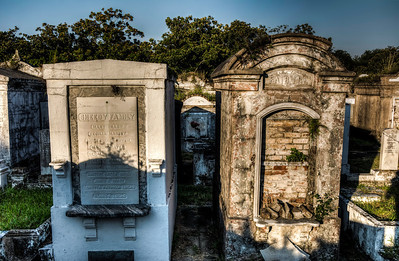 lafayette-cemetery-grave-markers-17