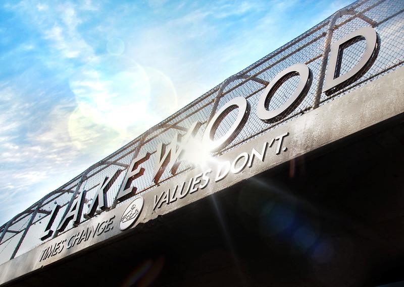 Welcome to Lakewood, Mae Boyar Park