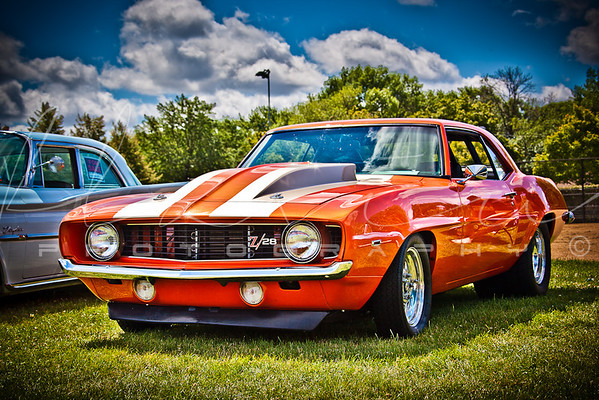 Classic & Muscle Cars 2013