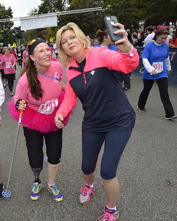Liz Hurley Ribbon Run 2013