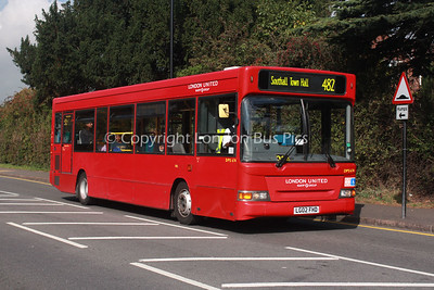 DPS674, LG02FHD, London United