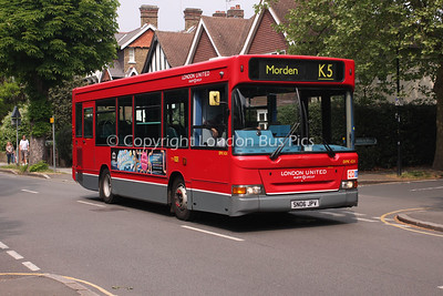 DPK624, SN06JPV, London United