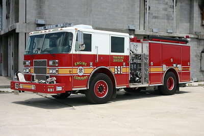 Engine 690's twin.....this one Engine 691.  A 2008 Pierce  Contender equipped with 1250/500.  It was delivered with Engine 690 and Truck 690.