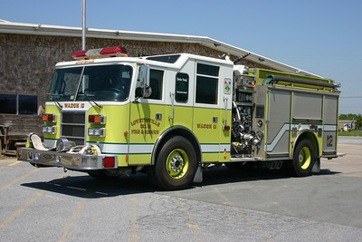 Lovettsville ordered two Pierce fire trucks in 1999.  Wagon 612 was a Pierce Dash 2000 model equipped with a 1250/1000. It was replaced in 2012.