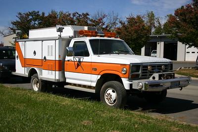 Loudoun County Rescue's former Crash 13, a 1986 Ford F-250/E-One.