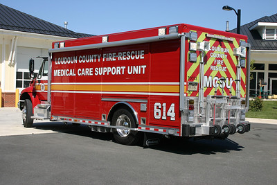 The back end of MCSU 614.  Note the two hand carts mounted on the rear to assist with moving equipment from the truck.