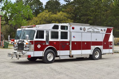 Pooler, Georgia, Rescue 61 - a nice 1990 Duplex Vanguard/Saulsbury.  Photographed while out of service, most of the equipment is stripped and it is waiting to be traded in.  Pooler acquired the truck from the Sterling Rescue Squad in Loudoun County, Virginia, in 2011.