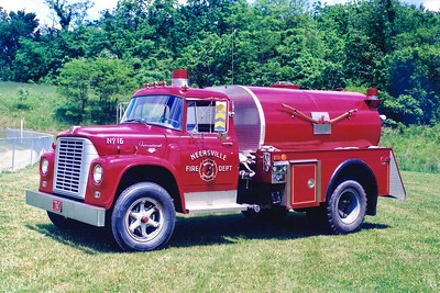 Former Tanker 16 from Neersville, a 1967 International/1980 4-Guys, 500/1500.  ex - Philomont, Virginia.