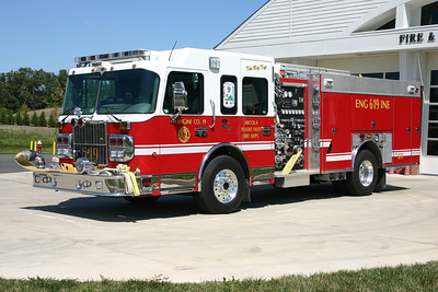 Station 19 was a combination Loudoun County and Arcola Pleasant Valley VFD facility.  Engine 619 was this 2007 Spartan with a 2008 Ferrara body and equipped with a 1500/750.  In late 2012, it was transferred to Station 9 in Arcola and now runs as Engine 609C.