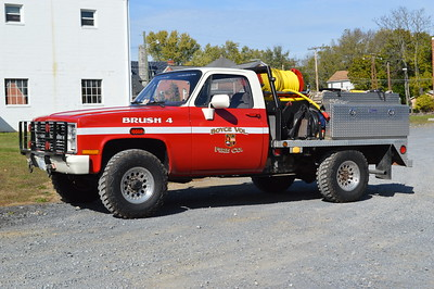 Brush 4 from Boyce is this 1984 Chevrolet Custom Deluxe/2016 Wildland Warehouse/2016 FD.  95/200/10.  Ex- Mt. Weather, VA.