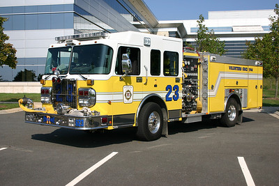 Reserve Engine 623 was a 2005 Spartan Gladiator built by Ferrara and equipped with a 1500/500/20.  It now runs as Reserve Engine 622 in Lansdowne.  This photograph was taken at the Ashburn/Ferrara photo shoot at a large facility off of Loudoun County Parkway.