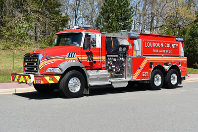Kirkpatrick Farms Station 27 in Loudoun County, Virginia.  Tanker 627 is this 2017 Mack Granite/Pierce equipped with a 1500/3000.  Pierce job number 30965.  This was the first Mack tanker delivered with the red roof.