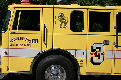 """Middleburg Station 3, the """"Fightin Foxes"""".  Photo is of old Wagon 3, a 1992 Pierce Lance."""