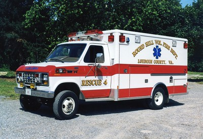 Former Rescue 4-1, a 1988 Ford E-350/Wheeled Coach.  Sold to Lucketts, Virginia, in 2003.