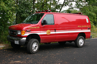 Arcola operates an unusual Command unit.  Command 609 is a 2006 Ford E350 Super Duty with a Quigley 4x4 conversion.  FastLane outfitted the van.