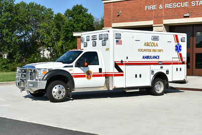 Medic 609 from Arcola is this 2014 Ford F450 4x4/Horton 623 model.
