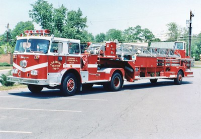 Former Truck 1 from Leesburg, a 1973 Seagrave PT, 100'.  Sold to Baltimore City in 1992.  Scrapped in 2000.