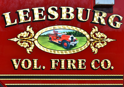 Leesburg's 1929 Seagrave as found on their 2016 Pierce Enforcer.