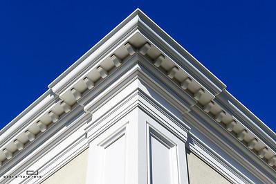 צילום אדריכלות: קרניזים של חברת אם-דקו. אדריכלות: יורי פוצינסקי