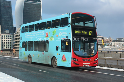 VWH2105, LK15CXD, Metroline