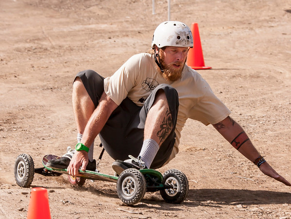 Mountainboarding Staff  at work, practice.