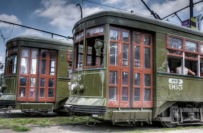 st-charles-streetcars-1