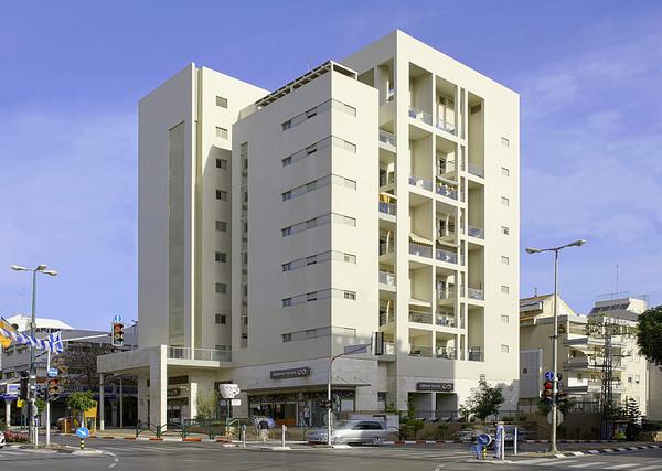 יום  א' 05.04.2013 צילום אדריכלות: בנייני מגורים עבור בר עוז חברה לבניין