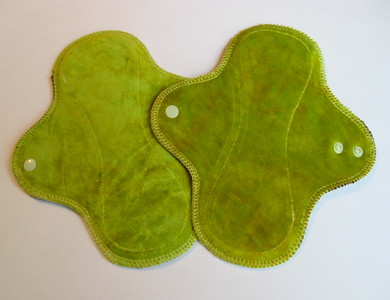 """TWO Light Wrap Wing Pads - """"lime"""""""