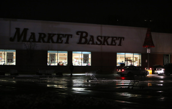 Oakdale Plaza Market Basket on backup power