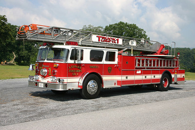 Former Truck 1 was this nice 1972 Seagrave SR20786, 100', sn- B73106.  Sold to a collector in the Bristow, Virginia area.  ex- FDNY L-149 and L-3 ex- Orange, Virginia ex- McGaheysville, Virginia