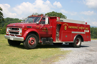 """Former Tanker 8, a 1972 Chevrolet C60/Broadway Metal Works, 300/1400.  The """"Emergency Water Unit"""" was sold when the new Tanker 8 was delivered."""