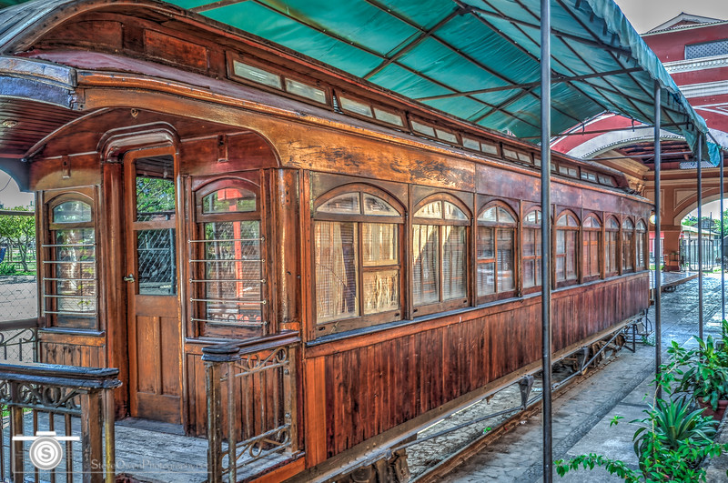 The old Granada Train Station... Construction work started in 1882, but it was not until 1886 that the first train arrived at this train station. In 1912 it was remodeled by the U.S. Marines. More recently, the Spanish embassy has been renovating the old station which nowadays serves as a school and workshop. The building is constructed in a neoclassical style, with strong English and French influence.<br /> .