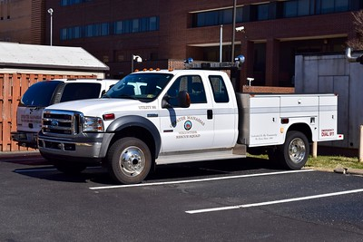 Utility 581 is a 2000's Ford F-550.