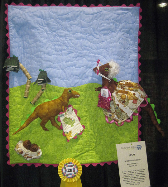 Honorable Mention<br /> The Dinosaur Quilt<br /> Rebecca Everitt