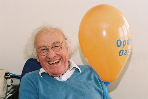 john corl with open day balloon 2004