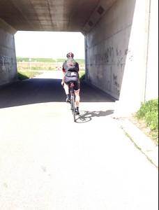 Danny onder de tunnel van de Oesterdam in Tholen.