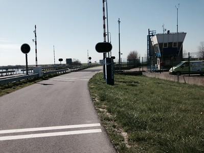 Sluis aan de Oesterdam.