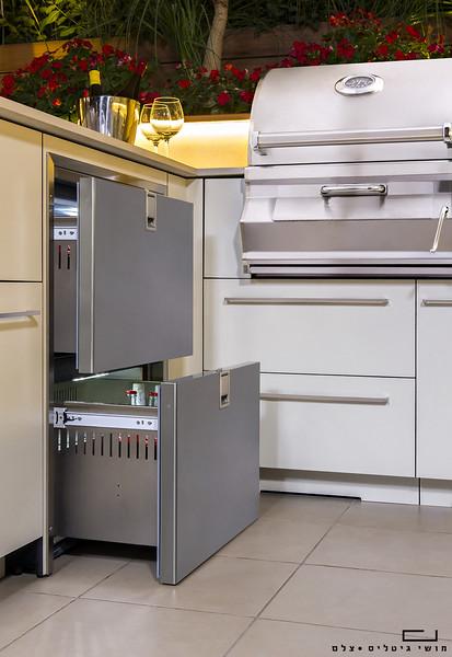 מטבח חוץ בדירת גן בירושלים. צולם עבור חברת רם אינגבר - מטבחי חוץ