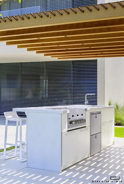 צילום אדריכלות: צילום מטבח חוץ של חברת רם אינגבר-מטבחי חוץ בנתניה
