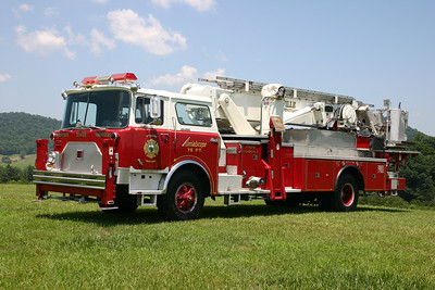 The first ladder truck in Rappahannock County is Tower 2, a 1971 Mack CF, 75' Baker Aerialscope.  ex- Cherry Hill, New Jersey. ex- Linville, North Carolina. ex- Blackstone, Virginia.