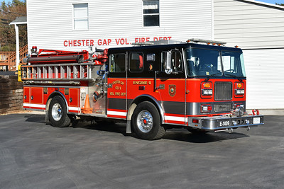 Officer side view of Chester Gap's Engine 9, a 1997 Seagrave.