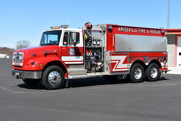 Tanker 3 from Amissville, Virginia is this 2002 Freightliner 112/Pierce that was rehabbed by Pierce in 2013 after an accident.  1250/2950/50.  Job numbers 12953 and F6573.  Equipped with a 3,000 gallon drop tank.