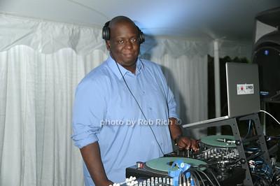 DJ Phresh photo by Rob Rich/SocietyAllure.com © 2014 robwayne1@aol.com 516-676-3939