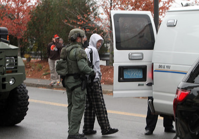 SWAT team warrant Lowell 102716