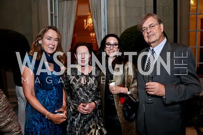 Leslie Cockburn, Constance Bruce, Teresa Barger Brown, Andrew Cockburn. Photo by Tony Powell. Sasha Bruce Youthwork's Dinner. British Amb.'s Residence. September 23, 2014