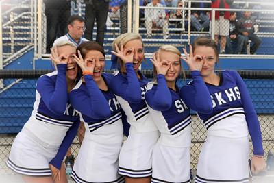 sk cheerleaders 037