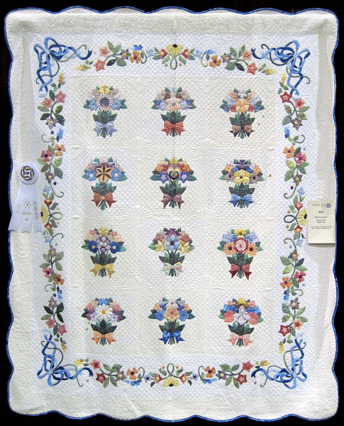 Best Hand Quilting<br /> French Bouquet<br /> Wendy Analla