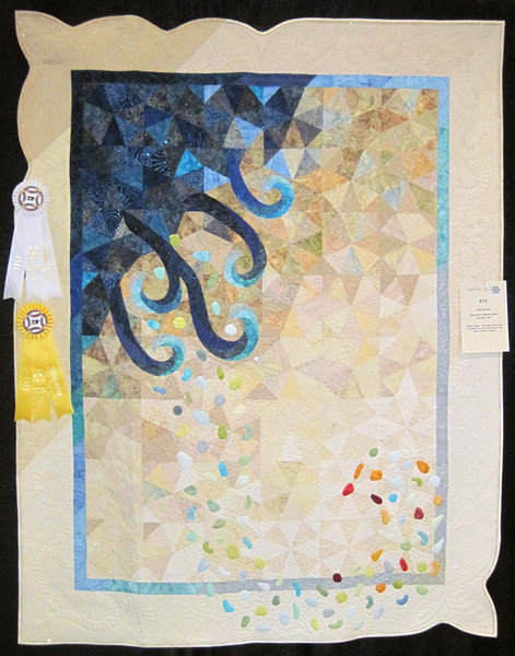Best Machine Quilting<br /> Honorable Mention<br /> Sea Glass<br /> Margaret Solomon Gunn