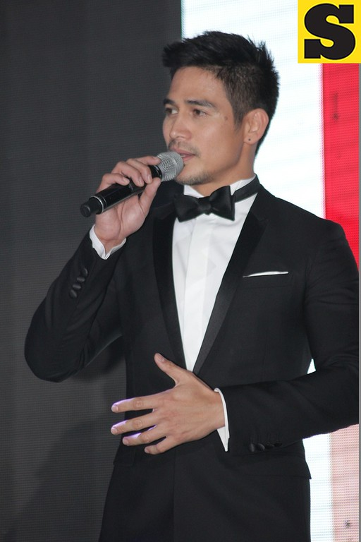 Piolo Pascual singing Somewhere Over The Rainbow