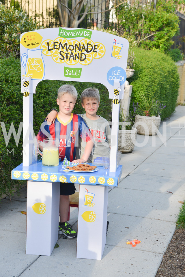 A strategically placed lemonade stand catered to guests before they entered the party.  Story Partners kicks begins WHCD weekend with a salute to women in journalism.  Thursday, May 1st, 2014.  by Ben Droz.